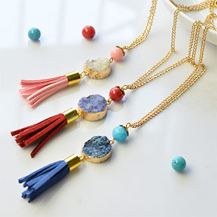 Druzy Agate Necklace With Tassel Pendants