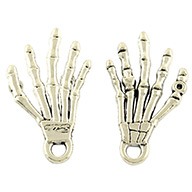 Tibetan Style Alloy Pendants, Hand Skull for Halloween, Lead Free, Antique Silver, 36x19x2mm, Hole: 3mm