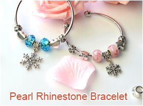 Snowflake Pendants bracelet